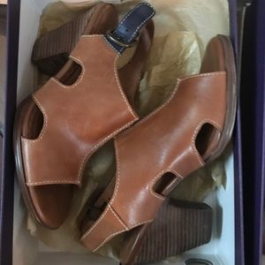 Tan leather open toe with heel  Sandles